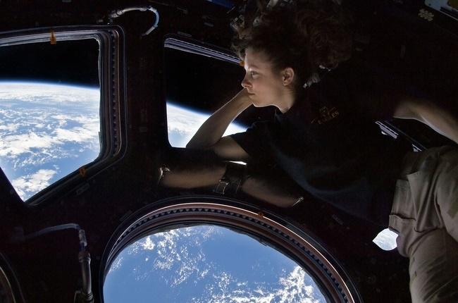 Sau hơn 60 năm, cuối cùng thì NASA cũng làm được một cái toilet nữ ngoài vũ trụ - Ảnh 5.