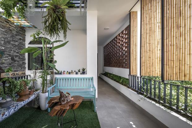 Ngôi nhà 125m2 đẹp như resort của cặp đôi yêu nhau từ cấp ba, đầu tư 2 tỷ với thiết kế đưa gió vào mọi ngóc ngách - Ảnh 13.