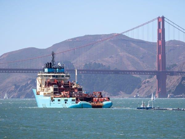Chàng thanh niên mang hoài bão dọn sạch biển hợp tác cùng Microsoft, chế tạo tàu gom rác tự hành chạy bằng năng lượng Mặt Trời - Ảnh 33.