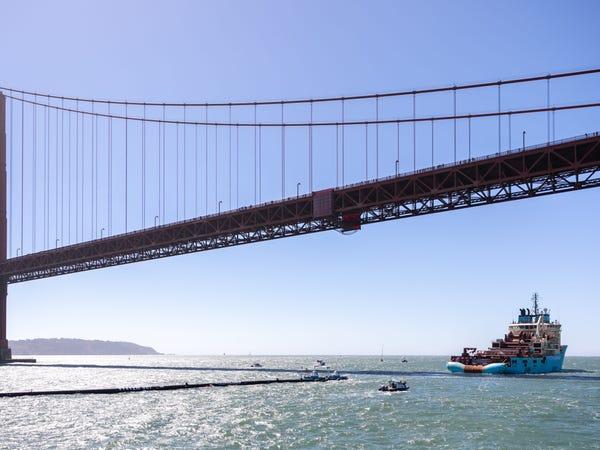 Chàng thanh niên mang hoài bão dọn sạch biển hợp tác cùng Microsoft, chế tạo tàu gom rác tự hành chạy bằng năng lượng Mặt Trời - Ảnh 29.