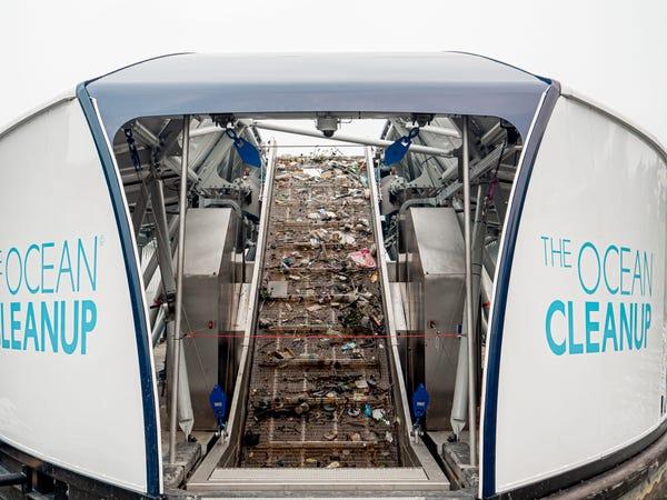 Chàng thanh niên mang hoài bão dọn sạch biển hợp tác cùng Microsoft, chế tạo tàu gom rác tự hành chạy bằng năng lượng Mặt Trời - Ảnh 23.