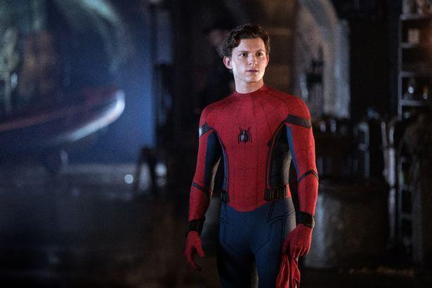 Marvel, DC và Sony sẽ phát hành hàng chục phim siêu anh hùng vào năm 2021 trong kế hoạch giải cứu Hollywood - Ảnh 2.