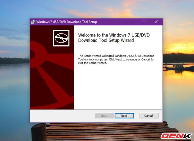 Cách tải và tạo bộ cài đặt Windows 10 October 2020 Update 20H2 bằng USB - Ảnh 8.