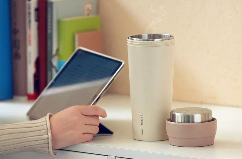 Xiaomi ra bình giữ nhiệt tích hợp đun nước: Công suất 400W, giá chỉ 270.000 đồng - Ảnh 1.