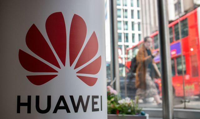 Anh phát hiện lỗ hổng nghiêm trọng trong thiết bị Huawei, có thể khiến cả nhà mạng phải dừng hoạt động nếu bị tấn công - Ảnh 1.