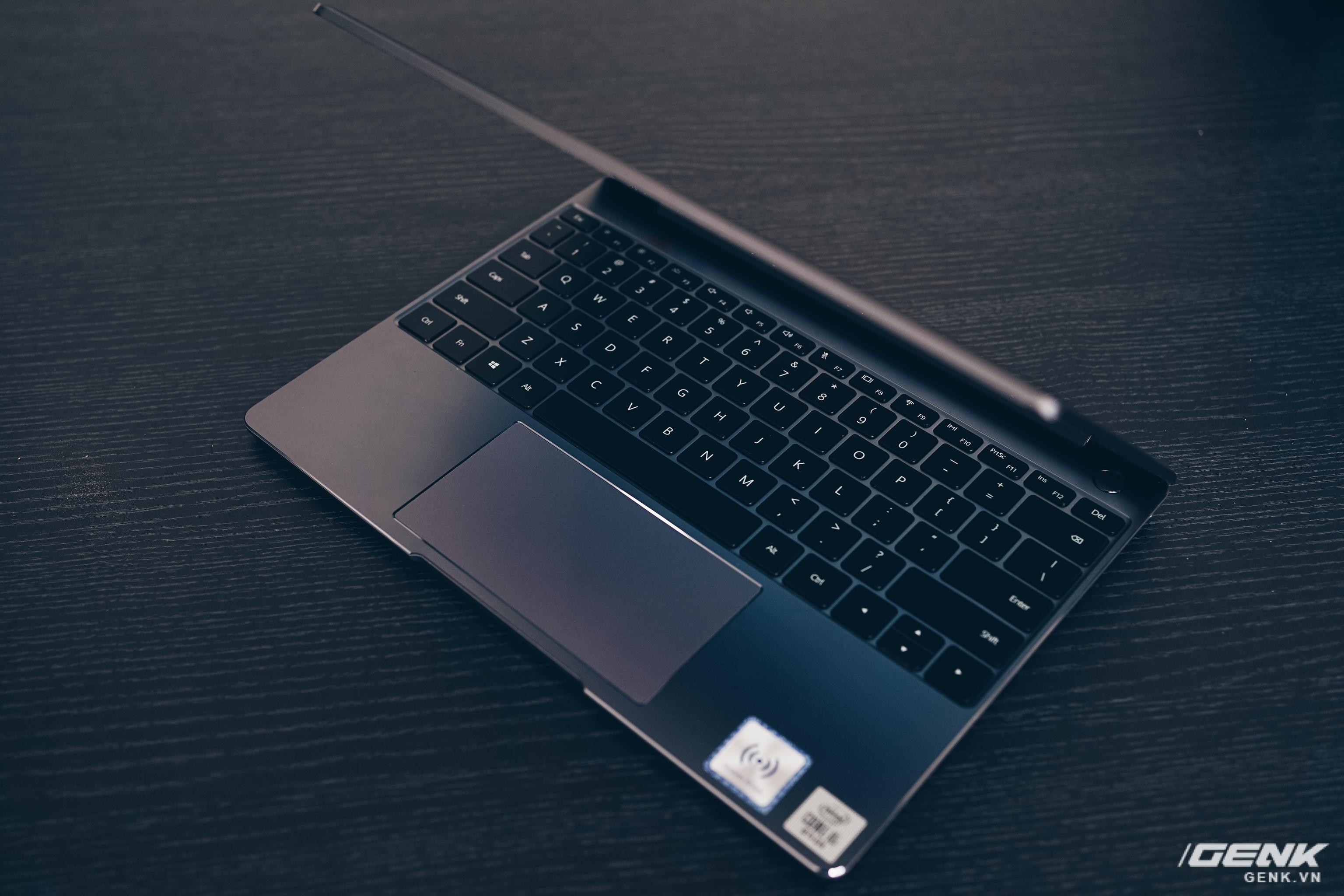 Đánh giá Huawei MateBook 13: Ultrabook tốt nếu người dùng chấp nhận vượt qua rào cản thương hiệu (và thời lượng pin tệ hại) - Ảnh 4.