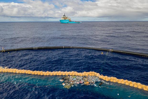 Hơn 14 triệu tấn vi hạt nhựa nằm sâu dưới đáy đại dương - Ảnh 1.