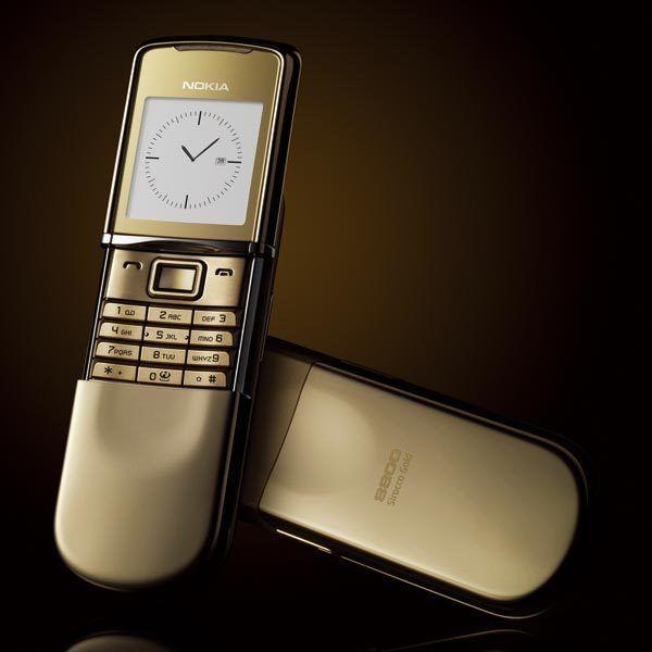 Nokia 8000 4G lộ poster quảng cáo, không phải điện thoại nắp trượt? - Ảnh 2.