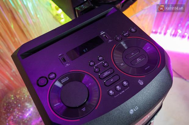 Trải nghiệm loa Bluetooth LG XBOOM RN5/ RN7: Chiếc loa cân hết mọi bữa tiệc, mọi cuộc vui đều thành sàn đấu Rap Việt - Ảnh 6.