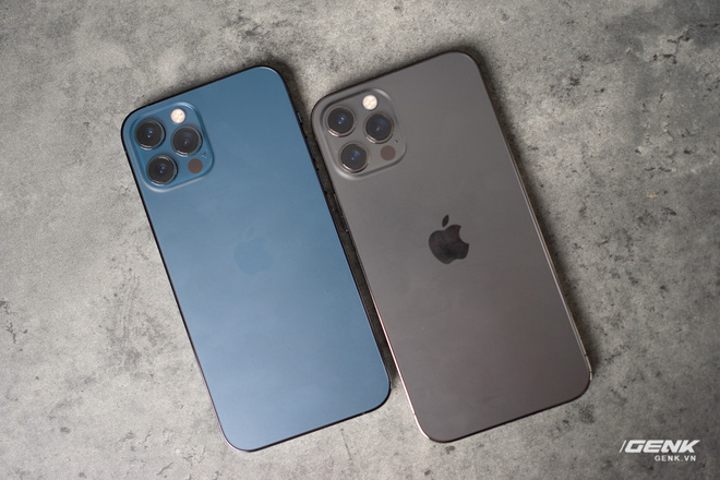 Trước giờ G mở bán iPhone 12: Hàng xách tay dù giảm giá nhưng khả năng vẫn khó hút khách - Ảnh 1.