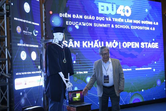 Xuất hiện robot AI Việt Nam được nhận định vượt xa Sophia: Biết đọc thơ, giải toán, có cả vị giác và trái tim - Ảnh 3.
