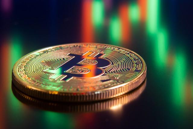 Bitcoin: 2 lý do giá tăng và 2 lý do giá giảm - Ảnh 1.