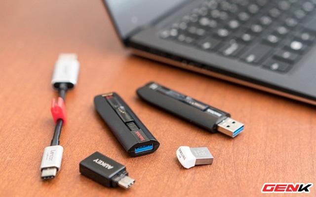 Sửa lỗi USB hoặc thẻ nhớ SD không thể format ở Windows 10 - Ảnh 1.
