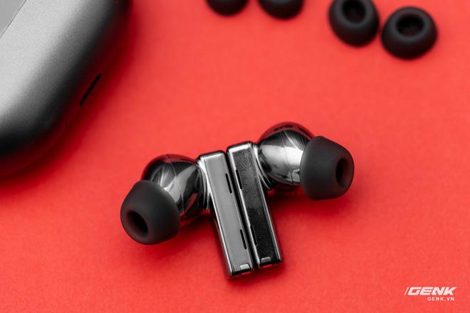 Trải nghiệm tai nghe Huawei Freebuds Pro: Đeo thoải mái, chống ồn mạnh, âm đậm đà - Ảnh 13.