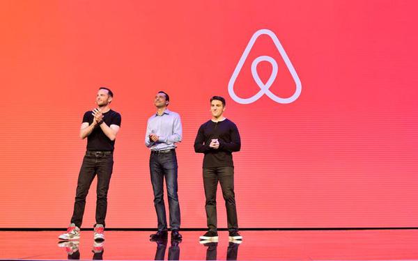 Startup chia sẻ nhà được thành lập từ chiếc đệm hơi và xe bán ngũ cốc Airbnb vừa IPO thành công vượt trội, định giá gần 100 tỷ USD - Ảnh 1.
