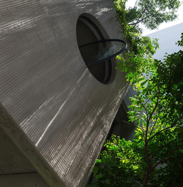 Nhà ống Hà Nội với thiết kế có một không hai, nhẵn mặt mọi tạp chí kiến trúc lớn nhỏ trên thế giới - Ảnh 3.