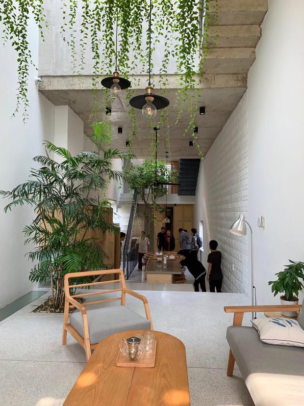 Nhà ống Hà Nội với thiết kế có một không hai, nhẵn mặt mọi tạp chí kiến trúc lớn nhỏ trên thế giới - Ảnh 6.