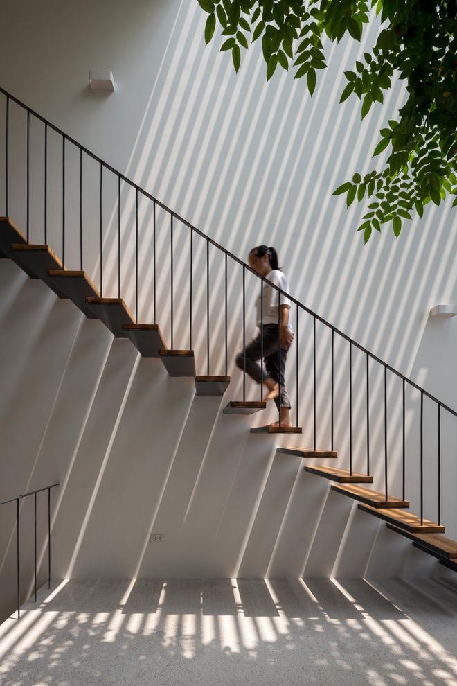 Nhà ống Hà Nội với thiết kế có một không hai, nhẵn mặt mọi tạp chí kiến trúc lớn nhỏ trên thế giới - Ảnh 9.