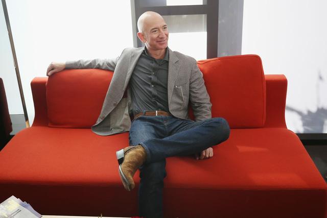 Chiếc ghế trống của Jeff Bezos giúp Amazon thành công ty 1.600 tỷ USD thế nào? - Ảnh 3.