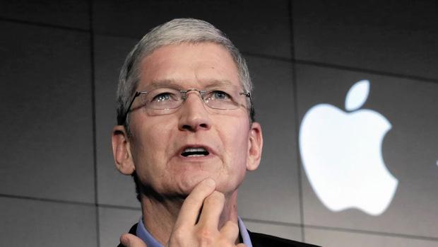 Top CEO công nghệ được lòng nhân viên nhất thế giới: Sếp Facebook và Amazon gây bất ngờ lớn! - Ảnh 6.