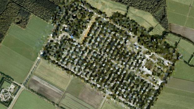 Những địa danh bí ẩn bị làm mờ trên Google Maps che giấu điều gì? - Ảnh 3.