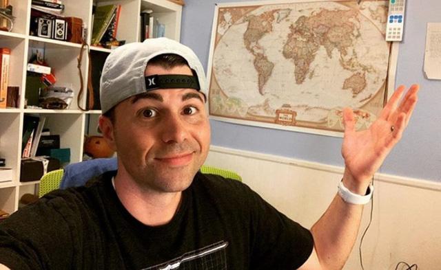 Cựu kỹ sư NASA bỏ việc để làm YouTuber, trở thành ngôi sao với 16 triệu follower, gần 2 tỷ lượt xem - Ảnh 2.