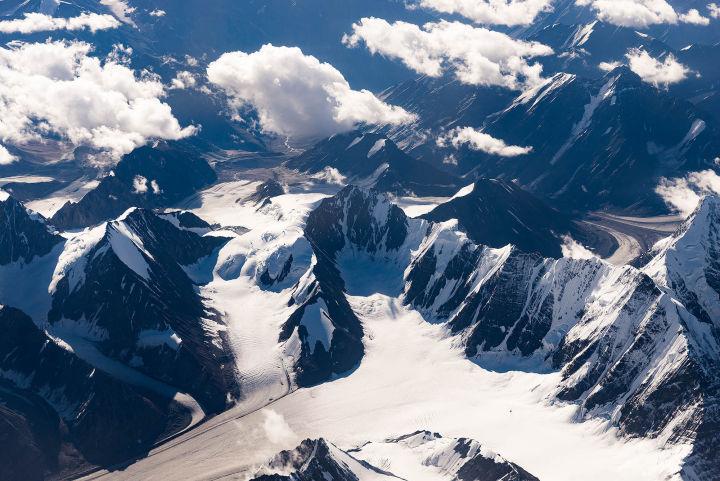 Tại sao các máy bay dân dụng hiếm khi bay qua dãy Himalaya? - Ảnh 6.