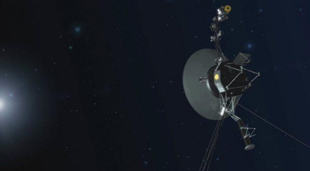 Tàu vũ trụ 40 năm tuổi của NASA ghi nhận hiện tượng lạ ở nơi cách Trái đất 23 tỷ km, bên ngoài rìa Hệ Mặt trời - Ảnh 1.