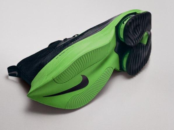 Nike đáp trả tin đồn Olympics có thể cấm mẫu giày mới của mình: Chỉ cần khách hàng thích là được, còn lại không quan trọng - Ảnh 2.