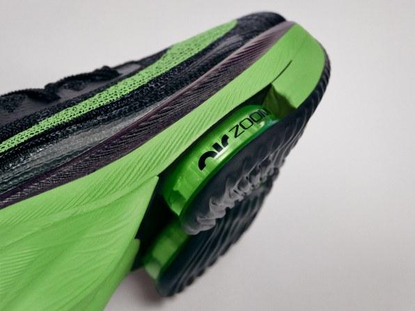Nike đáp trả tin đồn Olympics có thể cấm mẫu giày mới của mình: Chỉ cần khách hàng thích là được, còn lại không quan trọng - Ảnh 3.