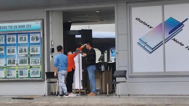 Giữa cơn bùng phát dịch virus corona, Samsung duy trì hoạt động nhà máy 60.000 công nhân ở Việt Nam bằng cách nào? - Ảnh 3.
