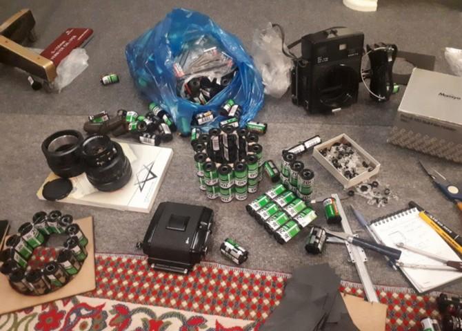 YouTuber kiêm nhiếp ảnh gia biến hàng trăm vỏ film 35mm thành máy ảnh film cực độc - Ảnh 9.