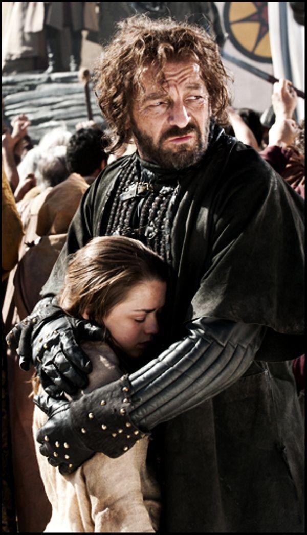 Sau hơn 2 tháng phát sóng, cuối cùng fan cũng tìm ra easter egg liên quan đến Game of Thrones trong The Witcher - Ảnh 3.