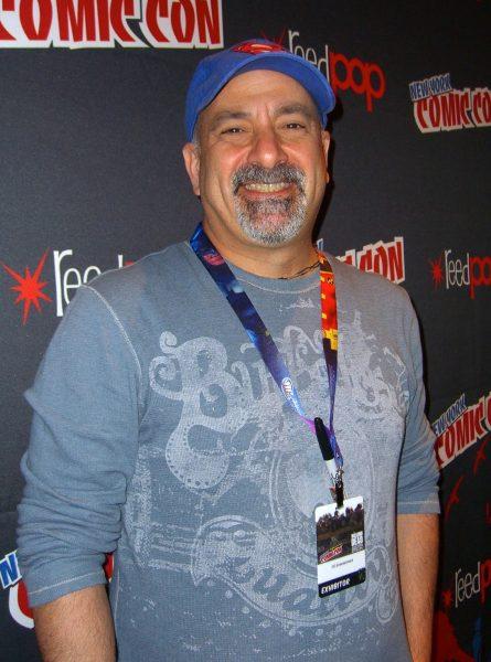 Tin đồn: Marvel có thể mua lại đối thủ truyền kiếp DC Comics - Ảnh 2.
