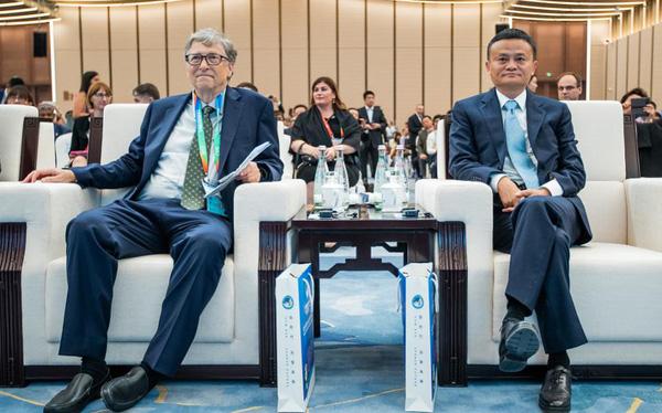 Bill Gates, Jack Ma và giới tỷ phú chung tay chống đại dịch Corona - Ảnh 1.