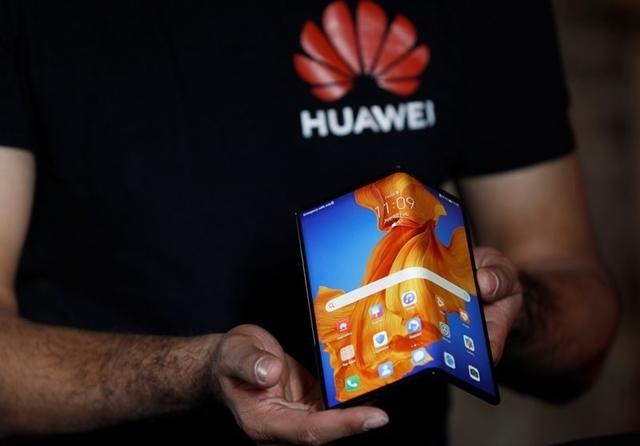 Cuộc so găng điện thoại gập của Samsung và Huawei - Ảnh 1.