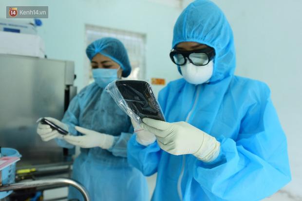 Chủ tịch TP Hà Nội: Có dấu hiệu nghi nhiễm Covid-19 phải gọi ngay hotline, trung tâm cấp cứu chịu trách nhiệm chở người bệnh đến bệnh viện - Ảnh 4.