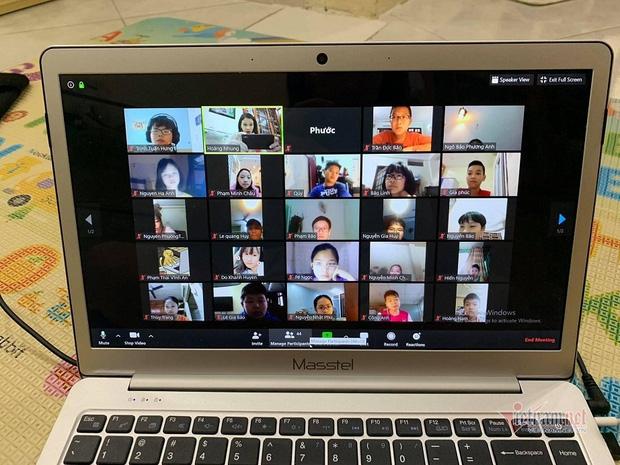 """Phụ huynh và giáo viên """"nâng cấp level"""" để dạy trực tuyến cho học sinh - Ảnh 5."""