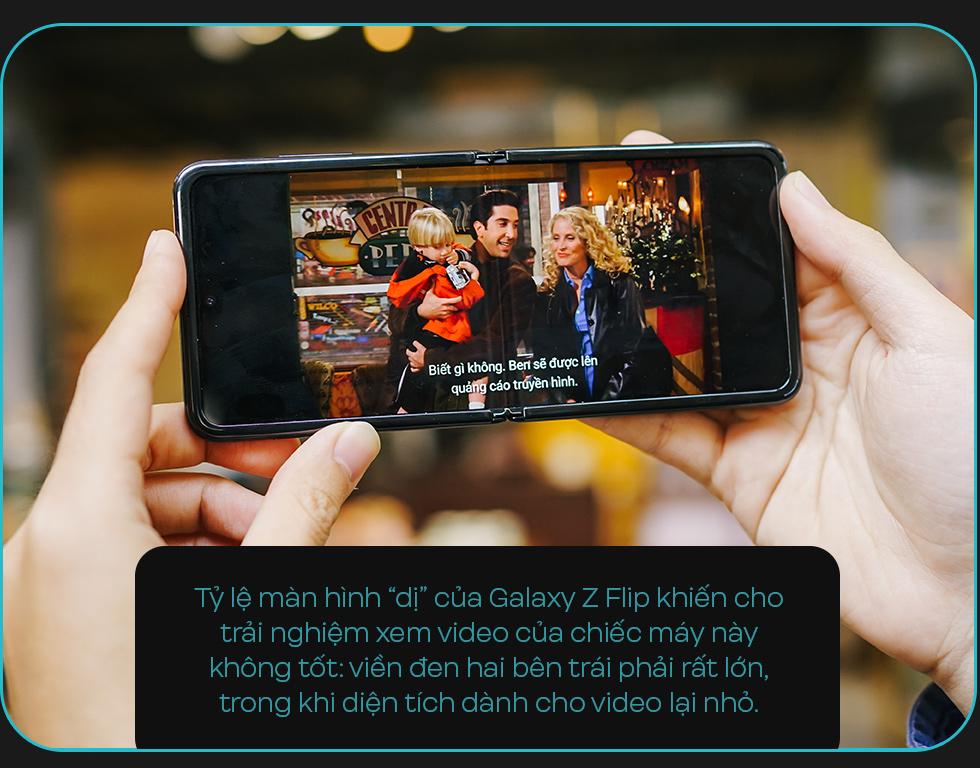 Đánh giá Galaxy Z Flip: Chiếc smartphone ấn tượng không dành cho đàn ông - Ảnh 10.