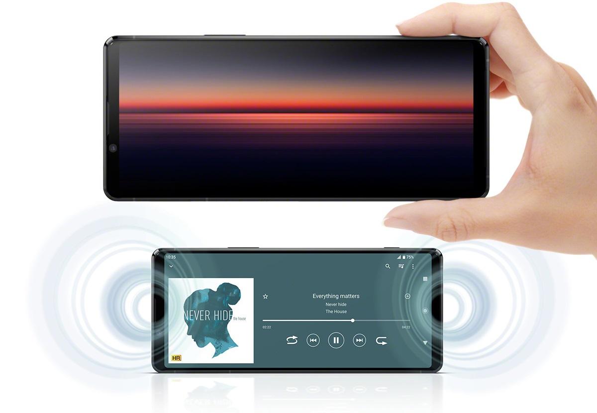 Xperia 1 II với màn hình tích hợp nhiều công nghệ giúp nâng cao chất lượng