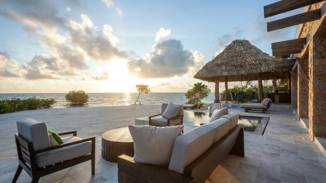 Từ boongke dành cho ngày tận thế tới những hòn đảo thuộc sở hữu tư nhân, giới nhà giàu đang tránh dịch theo những cách đốt tiền - Ảnh 2.