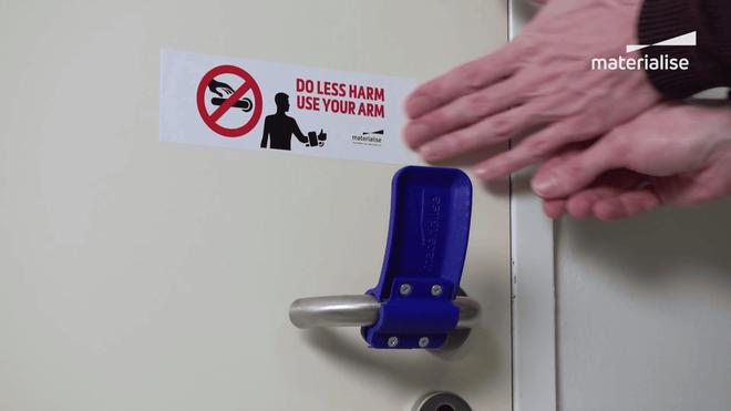 Với món đồ đơn giản này, bạn có thể mở cửa mà không cần chạm vào tay nắm - Ảnh 6.
