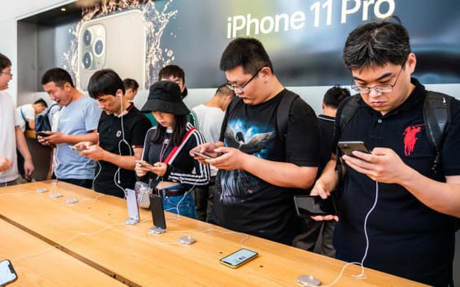 Apple, Microsoft, Google tìm cách chuyển sản xuất sang Việt Nam, nhưng điều đó có dễ dàng như tưởng tượng? - Ảnh 1.