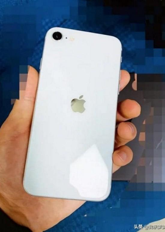 Xuất hiện hình ảnh iPhone 9 phiên bản màu trắng, thoạt nhìn chẳng khác gì iPhone 8 - Ảnh 1.