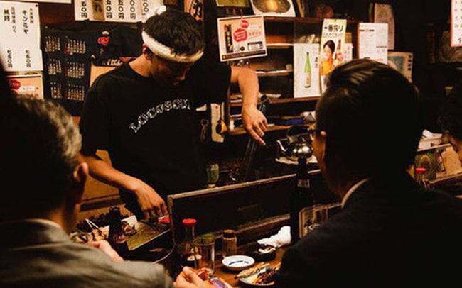Nhật Bản: Dân mạng phẫn nộ vì bệnh nhân biết mình nhiễm Covid-19 vẫn đi bar để lây virus cho người khác - Ảnh 1.