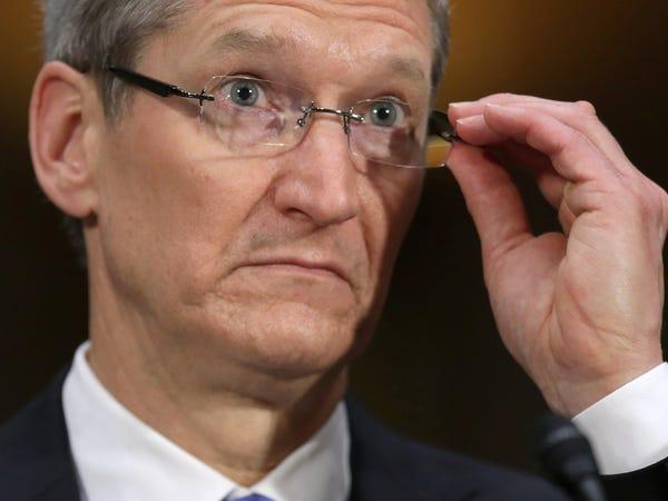 Tiết lộ chi phí bảo vệ bản thân của giới tỷ phú công nghệ: Tim Cook tiêu ít bất ngờ, Mark Zuckerberg làm cả hầm trú ẩn trong nhà - Ảnh 6.