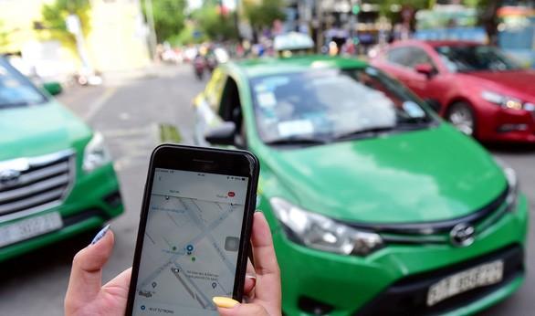 """Hơn 20.000 taxi công nghệ ở Hà Nội xin """"hoãn"""" thực hiện vì dịch Covid-19 - Ảnh 1."""