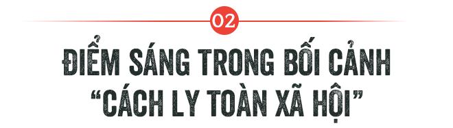 CEO Nguyễn Tử Quảng ra mắt Bphone 4 khi toàn xã hội bị cách ly: Chúng ta vẫn phải tiếp tục sống! - Ảnh 2.