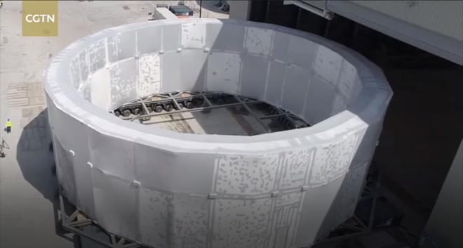 Thiết bị nặng 1200 tấn này vừa được Trung Quốc vận chuyển tới Pháp để lắp đặt Mặt Trời nhân tạo - Ảnh 1.