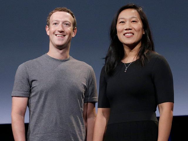 Hết mình vì công việc, Mark Zuckerberg từng kết đôi với bạn của vợ trên ứng dụng hẹn hò - Ảnh 2.